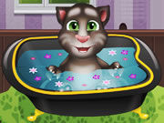Baby Talking Tom Bathing